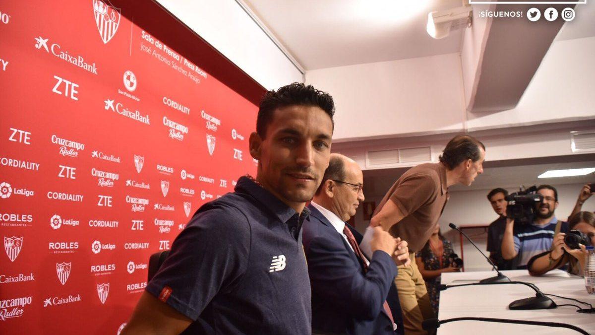 """Jesús Navas: """"Me emociona mucho llevar el dorsal 16"""""""