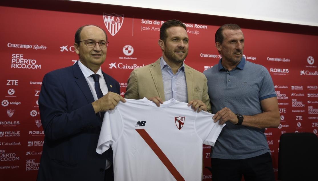 Óscar Arias: «En el filial hay bastantes futbolistas de muy buen nivel»