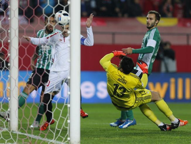 Análisis táctico   Sevilla FC 4-0 Real Betis B.