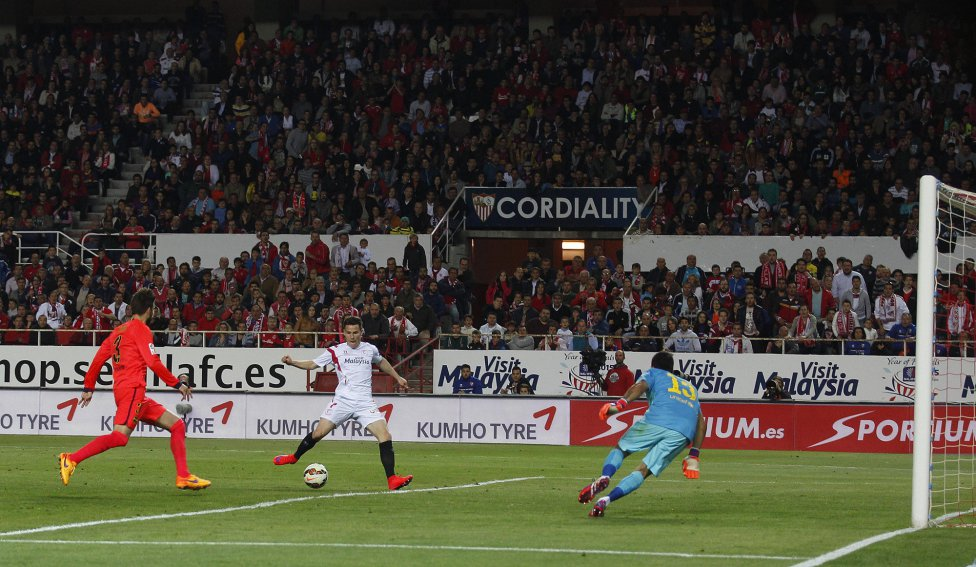 Análisis Táctico   Sevilla FC 2 – 2 FC Barcelona