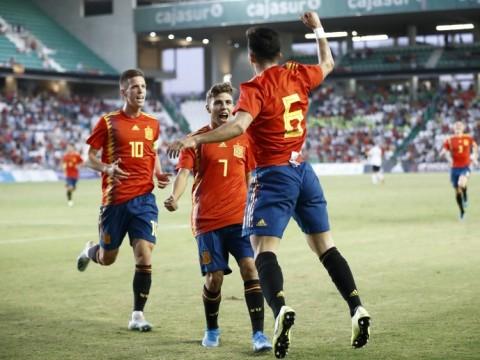 Vuelven algunos internacionales y vuelve el Sevilla FC a los entrenamientos.